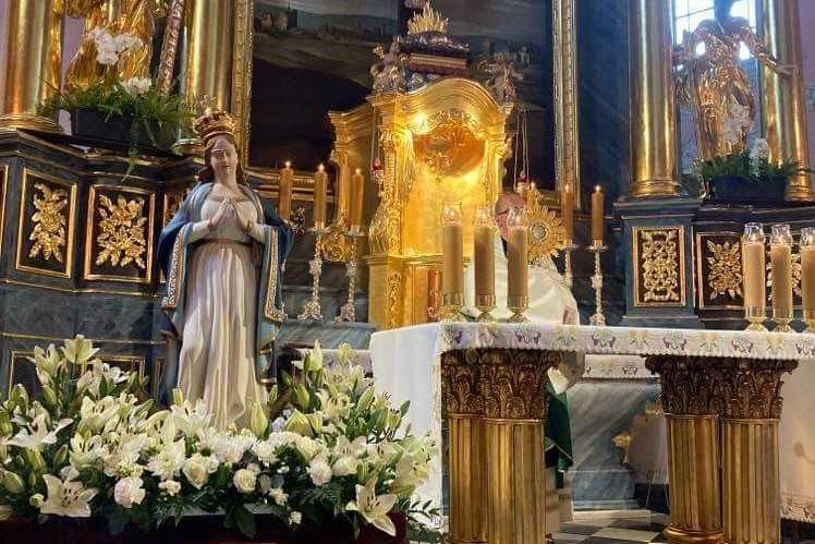 Nabożeństwa maryjne w Piotrkowie